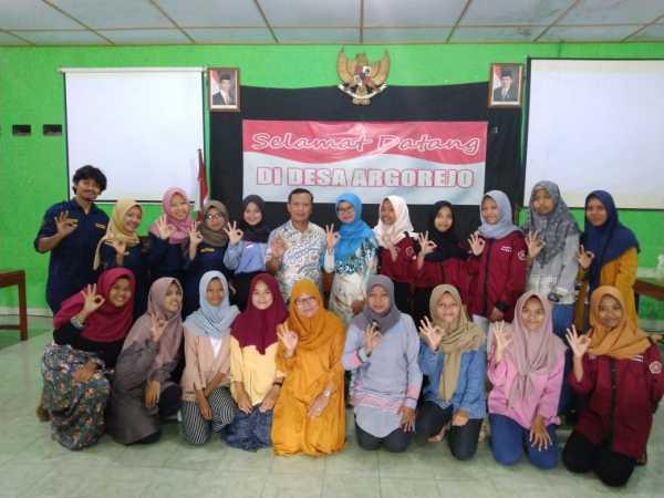 FKM UAD Inisiasi Pusat Informasi dan Konseling Remaja di ...